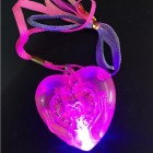 COLLAR CORAZON CON LUZ LED